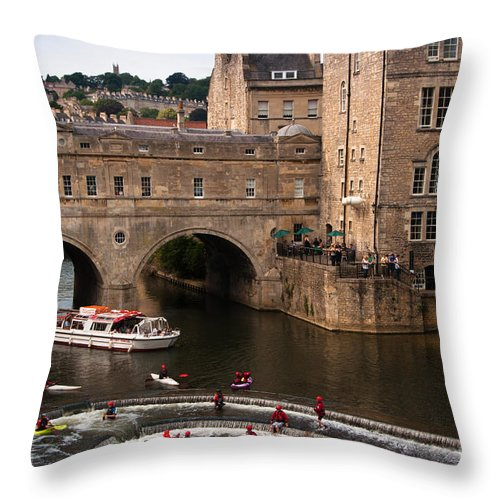 Avon Throw Pillow featuring the photograph Pulteney Bridge by Andrew Michael