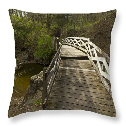 Ramsey Throw Pillow featuring the photograph Ramsey Creek Scene 9 by John Brueske