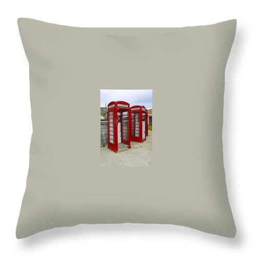 2 Red Telephone Booths Throw Pillow featuring the photograph Red Phone Booths by Sally Weigand