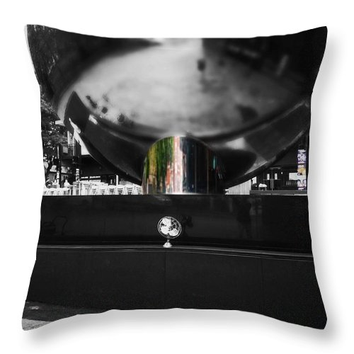 Fan Throw Pillow featuring the photograph Reflect by Charles Stuart