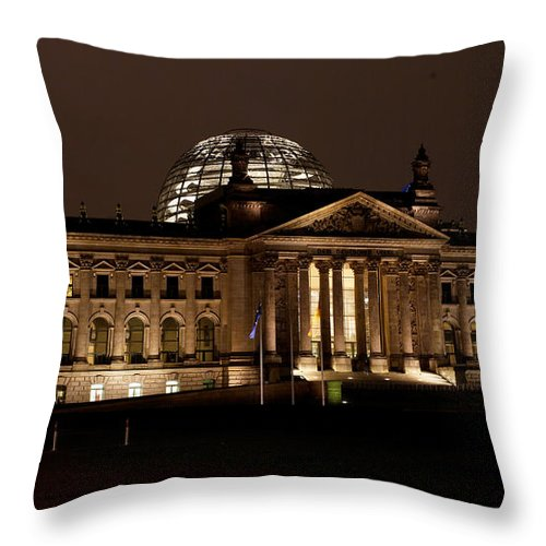 Reichstag Throw Pillow featuring the photograph Reichstag At Night by Mike Reid