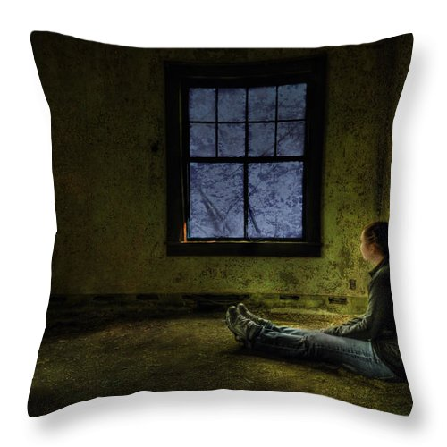 Abandoned Throw Pillow featuring the photograph Release Me by Evelina Kremsdorf