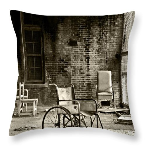Abandoned Throw Pillow featuring the photograph Restrain by Conor McLaughlin
