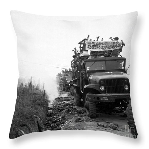 Horizontal Throw Pillow featuring the photograph Return Of Pows During Operation Big by Stocktrek Images