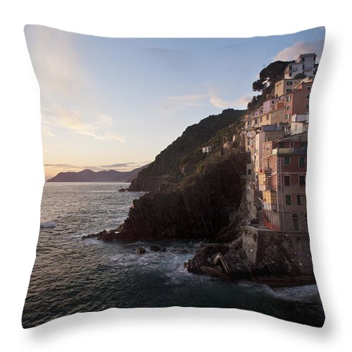Riomaggio Throw Pillow featuring the photograph Riomaggio Sunset by Mike Reid