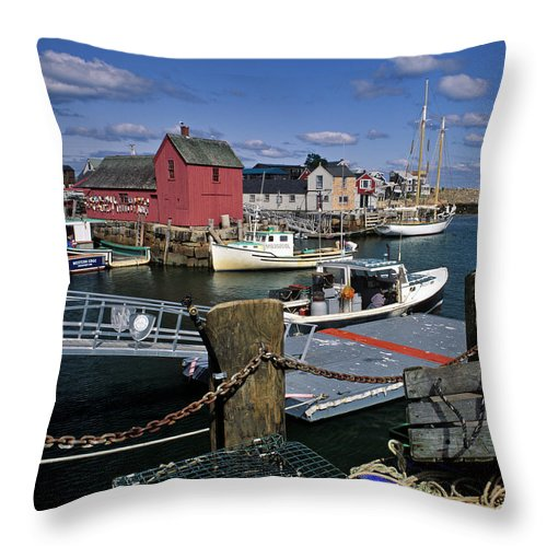 Lobster Throw Pillow featuring the photograph Rockport - Fm000070 by Daniel Dempster
