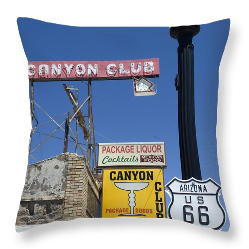Wurlitzer Throw Pillow featuring the photograph Route 66 Canyon Club by Bob Christopher