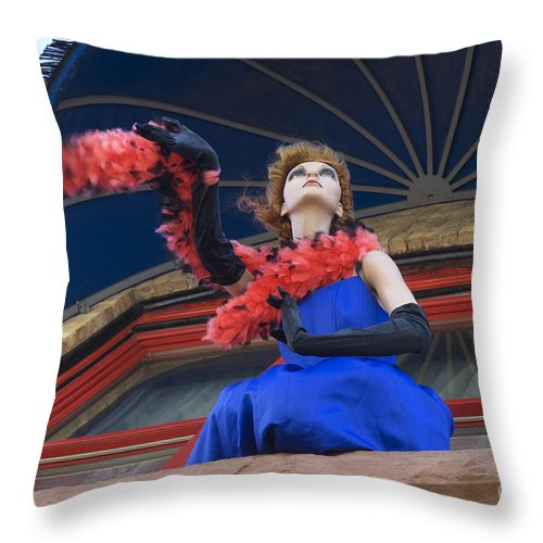 Route 66 Throw Pillow featuring the photograph Route 66 Hotel Charmer by Bob Christopher