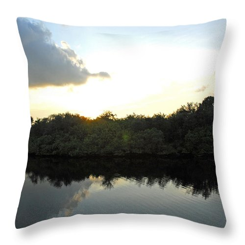 Beach Throw Pillow featuring the photograph Rusty Belly Resturant View by G Adam Orosco