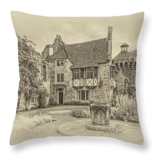 Scotney Castle Throw Pillow featuring the photograph Scotney Castle by Chris Thaxter