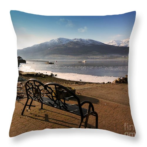 Beinn Bheula Throw Pillow featuring the photograph Seat With A View by Lynn Bolt