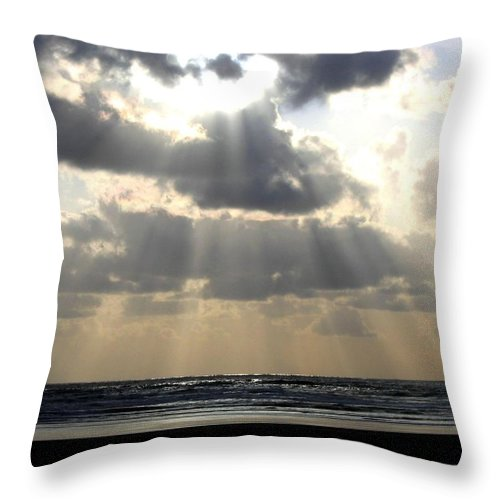 Silver Rays Throw Pillow featuring the photograph Silver Rays by Will Borden