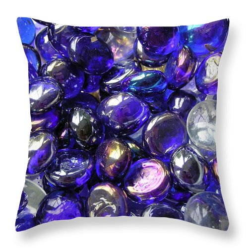 2d Throw Pillow featuring the photograph Smooth Stones by Brian Wallace