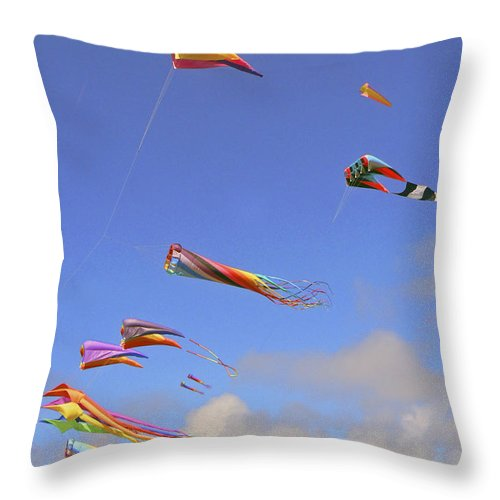 Kites Throw Pillow featuring the photograph Soaring With The Clouds by Pamela Patch
