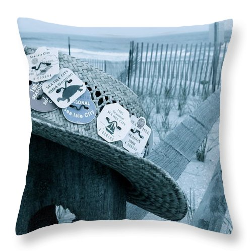 Sea Isle City New Jersey Throw Pillow featuring the photograph Special Memories by Nancy Patterson