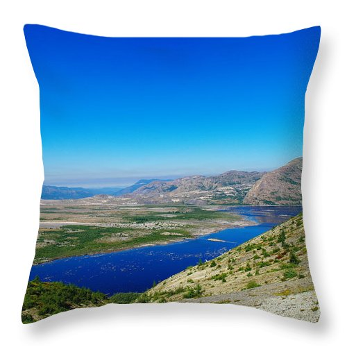 Lake Throw Pillow featuring the photograph Spirit Lake From Windy Point by Jeff Swan