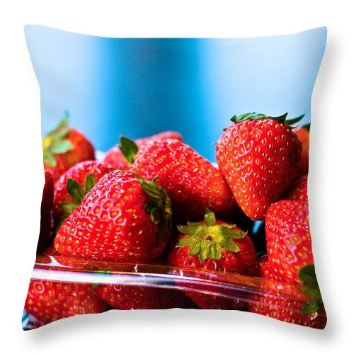 Beautiful Throw Pillow featuring the photograph Strawberries In A Plastic Sale Box by U Schade