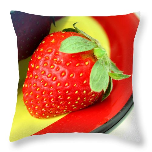 Strawberry Throw Pillow featuring the photograph Strawberry by Darren Fisher