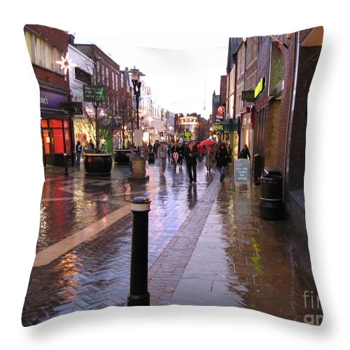 England Throw Pillow featuring the photograph Street Scene Outside Windsor Castle by Jack Schultz