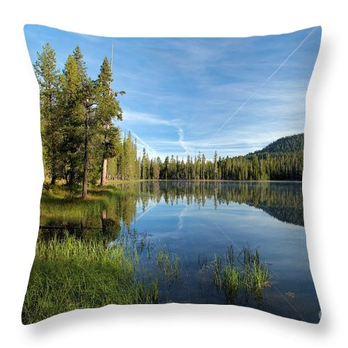 Summit Lake Throw Pillow featuring the photograph Summit Lake Shores by Adam Jewell