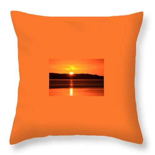 Sunrise Photography Throw Pillow featuring the photograph Sun Over Rotortua Nz by Rebecca Akporiaye