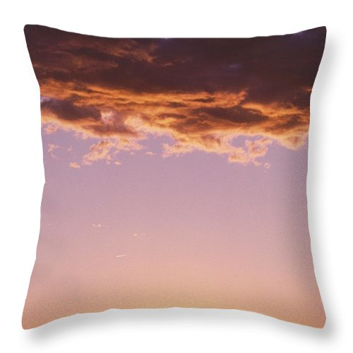 North America Throw Pillow featuring the photograph Sunrise In Arizona by David Edwards
