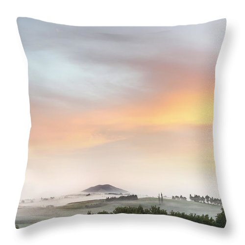 Beauty Throw Pillow featuring the photograph Sunrise by Les Cunliffe