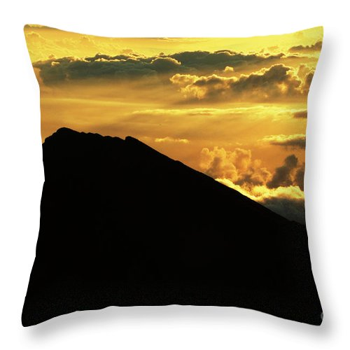 Haleakala Crater Throw Pillow featuring the photograph Sunrise Over Maui by Bob Christopher