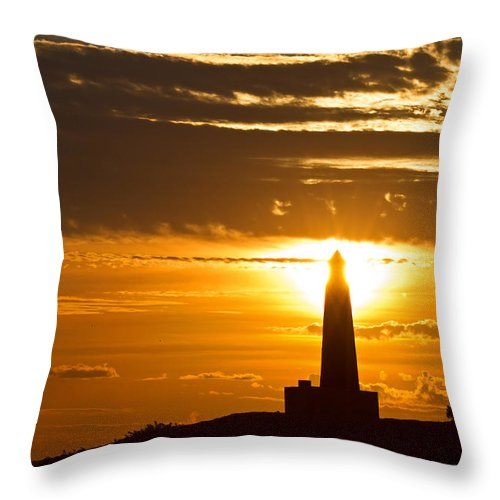 Sunset Throw Pillow featuring the photograph Sunset Obelisk by David Freuthal