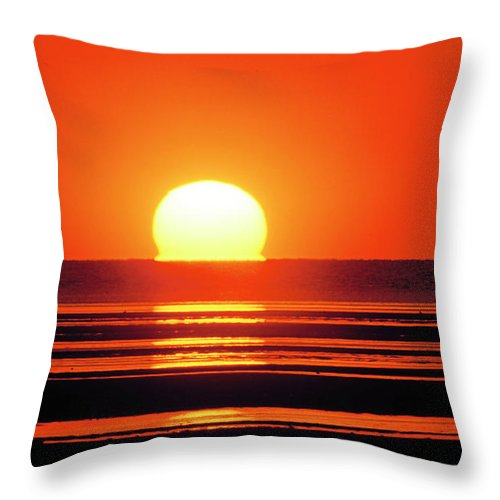 cape Cod Throw Pillow featuring the photograph Sunset Over Tidal Flats by John Greim