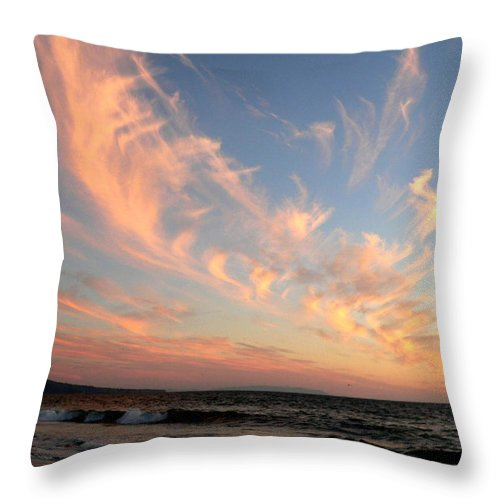 Sunset Throw Pillow featuring the photograph Sunset Wispy Sky by Jeff Lowe