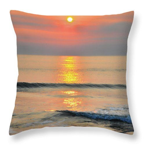 Beach Throw Pillow featuring the photograph Surf Rise 3 by Tazz Anderson