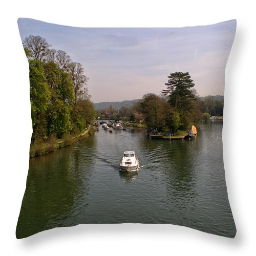Temple Lock Throw Pillow featuring the photograph Temple Lock On The River Thames by Chris Day