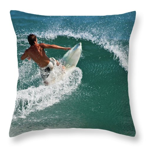 Kauai Throw Pillow featuring the photograph The Cut Back by Roger Mullenhour