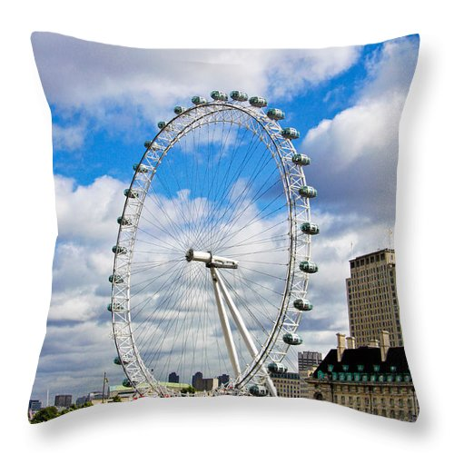 London Eye Throw Pillow featuring the photograph The London Eye by Jim Pruett