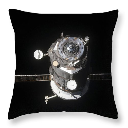 Color Image Throw Pillow featuring the photograph The Progress 46 Spacecraft by Stocktrek Images