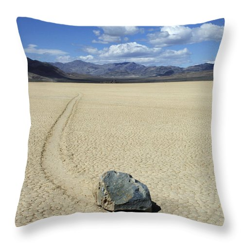 Death Valley Throw Pillow featuring the photograph The Racetrack 11 by Bob Christopher