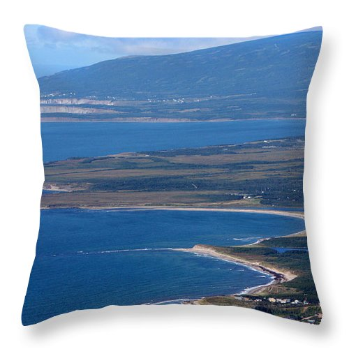 Table Top Throw Pillow featuring the photograph The Top Table Top by Gord Patterson