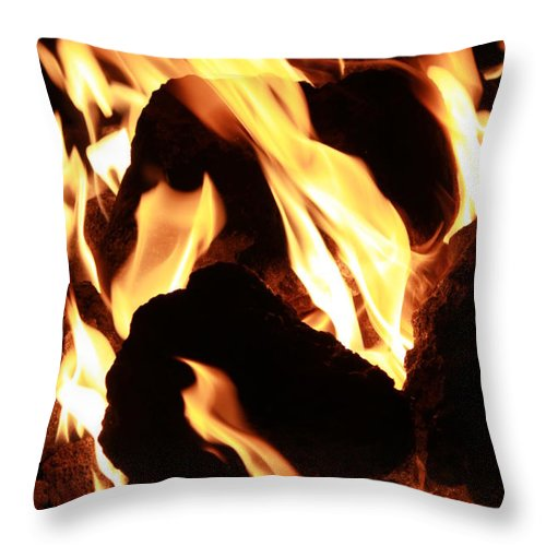 Fire Throw Pillow featuring the photograph Through The Flame by Caroline Lomeli