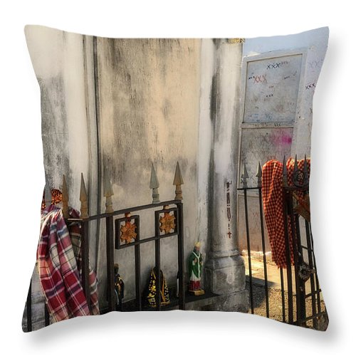Tomb Throw Pillow featuring the photograph Tomb Of Famille Perrault by Kathleen K Parker