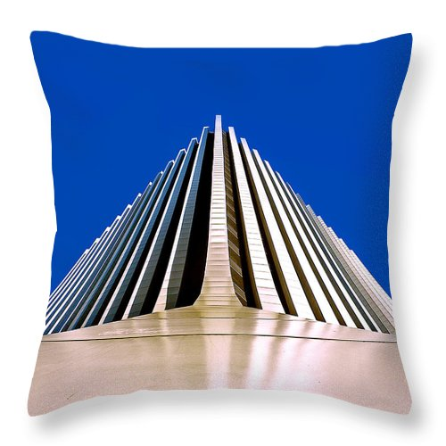 Rochester Throw Pillow featuring the photograph Touch The Sky by Kristen Cavanaugh