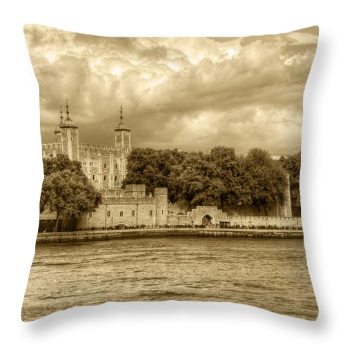 Tower Of London Throw Pillow featuring the photograph Tower Of London by Chris Day