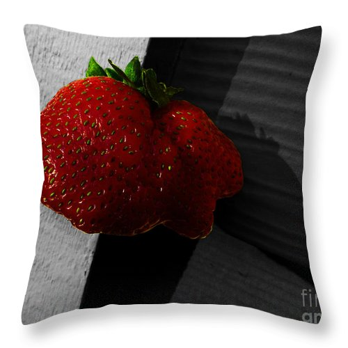 Strawberry Throw Pillow featuring the photograph Twin Hearts by Xueling Zou