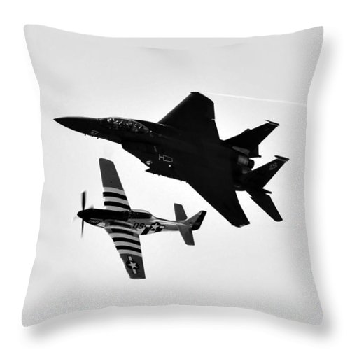 Fine Art Photography Throw Pillow featuring the photograph Two Of A Kind by David Lee Thompson