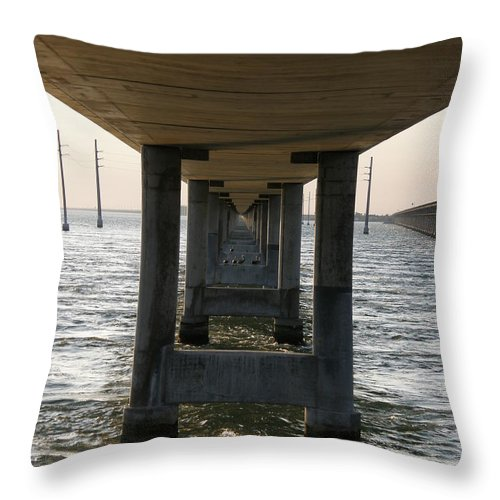 Bridge Throw Pillow featuring the photograph Under Seven Mile Bridge by Kimberly Mohlenhoff