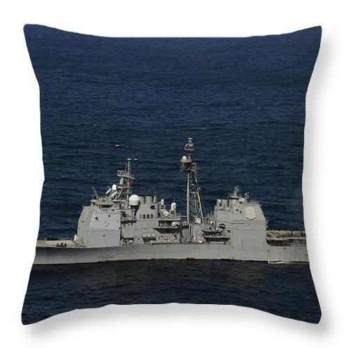 Side View Throw Pillow featuring the photograph Uss Bunker Hill Fires Two Mk-45 5 by Stocktrek Images