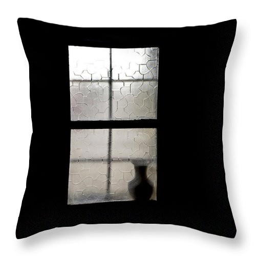 Vase Throw Pillow featuring the painting Vase In Window by Glennis Siverson