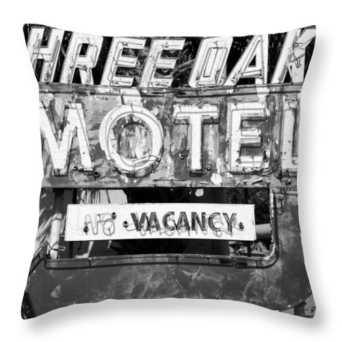 Fine Art Photography Throw Pillow featuring the photograph Vintage Florida Motel by David Lee Thompson