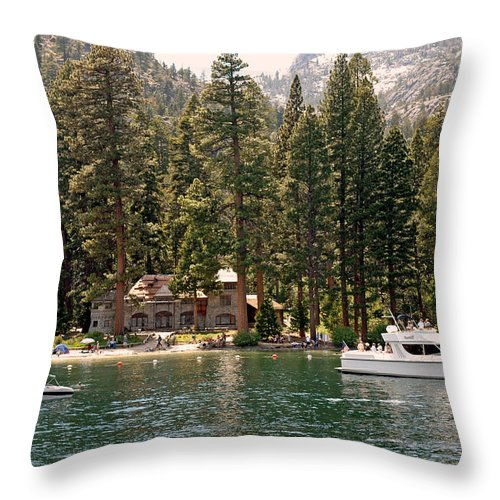 Usa Throw Pillow featuring the photograph Water Play At Emerald Bay by LeeAnn McLaneGoetz McLaneGoetzStudioLLCcom
