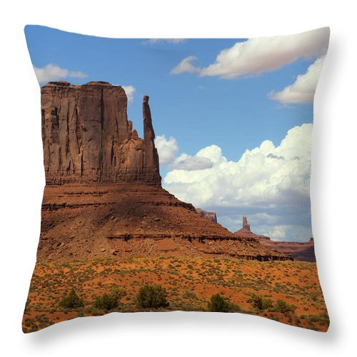 Monument Valley Throw Pillow featuring the photograph West Mitten Butte by Saija Lehtonen